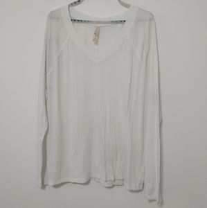 3/$15 LIVE LOVE DREAM White Long Sleeve Top Size L